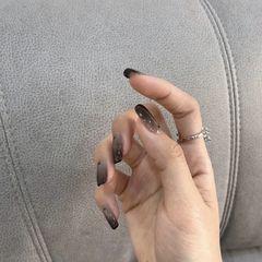 方形夏天短指甲上班族简约渐变美甲图片