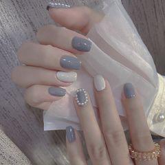 跳色简约珍珠灰色白色韩式美甲图片