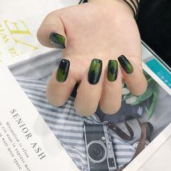 绿色黑色美甲图片