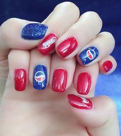 方圆形红色蓝色夏天可乐可乐美甲美甲图片