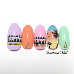 圆形粉色橙色紫色绿色蓝色黄色手绘夏天椰树美甲图片