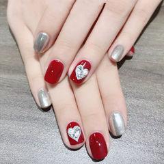 方圆形红色银色手绘心形美甲图片