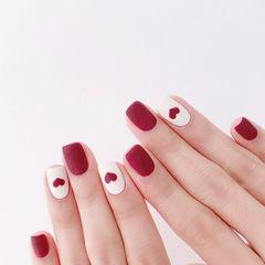 方圆形红色白色手绘心形磨砂新娘磨砂美甲美甲图片