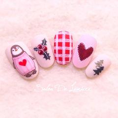 圆形白色粉色红色格纹心形企鹅可爱美甲图片