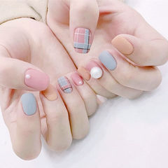 方圆形粉色灰色裸色格纹珍珠磨砂磨砂美甲美甲图片