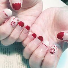 圆形红色白色手绘花朵平法式新娘美甲图片