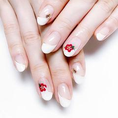 圆形白色红色手绘花朵斜法式新娘入门级手绘美甲白色新娘甲美甲图片