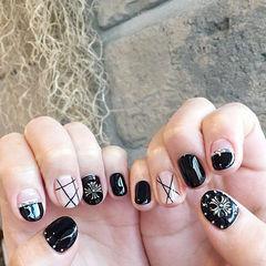 圆形黑色白色线条克罗心平法式韩式短指甲美甲图片