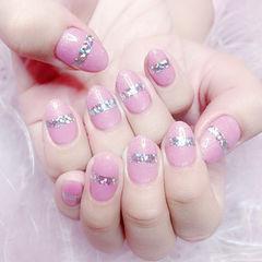 圆形粉色金银线简约新娘美甲图片