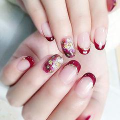 圆形红色手绘花朵日式法式新娘美甲图片