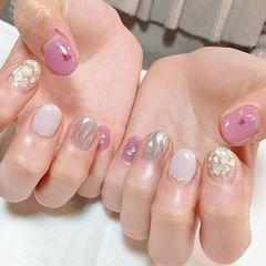 圆形粉色白色银色贝壳片金箔水波纹日式短指甲美甲图片