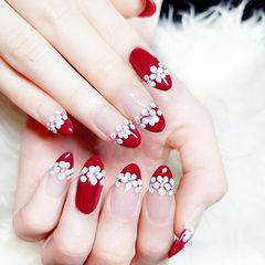 圆形红色白色手绘花朵新娘法式花朵美甲甜蜜新娘甲美甲图片