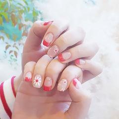 方圆形红色裸色手绘花朵法式美甲图片