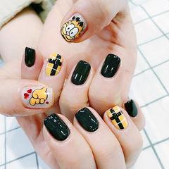 方圆形橙色黑色黄色手绘可爱卡通加菲猫美甲图片