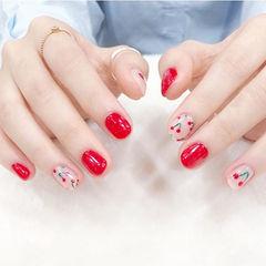 圆形红色手绘可爱夏天水果樱桃美甲图片