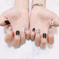 方圆形黑色灰色白色格纹美甲图片