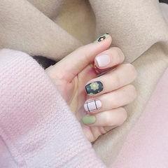 方圆形黑色白色绿色手绘花朵磨砂美甲图片