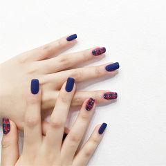 方圆形红色蓝色格纹磨砂美甲图片