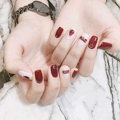 方圆形红色白色金箔美甲图片