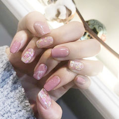 方圆形粉色晕染贝壳片金箔美甲图片