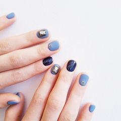 圆形蓝色饰品磨砂短指甲美甲图片