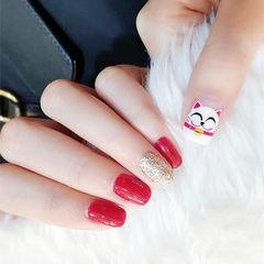 方圆形红色金色白色手绘招财猫新年跳色美甲图片