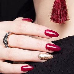圆形红色金色跳色新年美甲图片