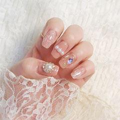 方圆形粉色手绘毛呢珍珠钻美甲图片