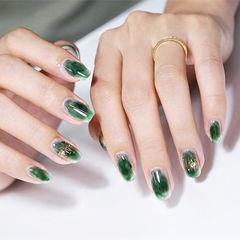 圆形绿色晕染春天美甲图片