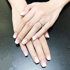 方圆形白色渐变雕花钻新娘美甲图片