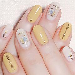 圆形黄色白色干花简约春天美甲图片