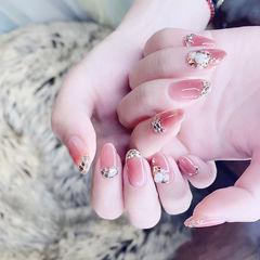 圆形粉色钻新娘美甲图片