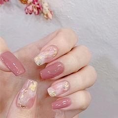 方圆形粉色裸色晕染金箔美甲图片
