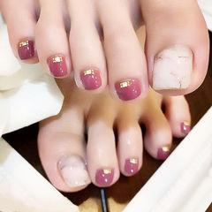 脚部粉色白色手绘晕染简约美甲图片