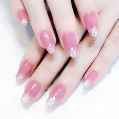 圆形粉色贝壳片简约上班族美甲图片