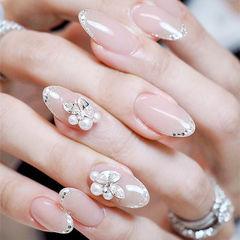 圆形裸色银色珍珠钻法式新娘ins美图分享,想学美甲咨询微信mjbyxs6哦~美甲图片