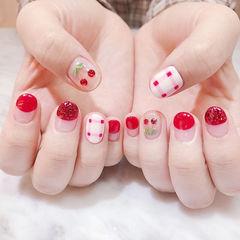圆形红色手绘格纹圆法式钻樱桃美甲图片