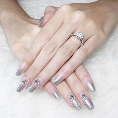 圆形银色渐变钻新娘ins美图分享,想学美甲咨询微信mjbyxs6哦~美甲图片