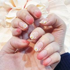 圆形粉色渐变手绘雏菊简约ins美图分享,想学美甲咨询微信mjbyxs6哦~美甲图片