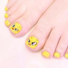 脚部黄色手绘卡通可爱美甲图片