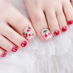 脚部红色樱桃亮片美甲图片