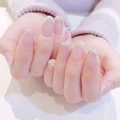 圆形银色钻法式简约新娘美甲图片