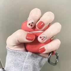 方圆形红色亮片樱桃简约美甲图片
