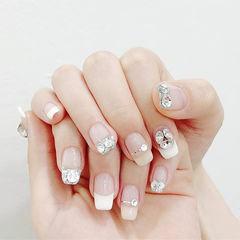 方圆形白色金银线钻平法式新娘美甲图片