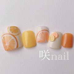 脚部橙色黄色手绘水果雕花夏天美甲图片