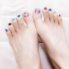 脚部红色蓝色白色晕染跳色美甲图片