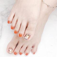 脚部橙色贝壳片夏天美甲图片