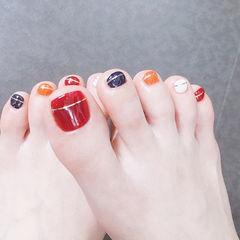 脚部红色蓝色橙色白色金银线跳色夏天美甲图片