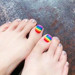 脚部彩色银色手绘彩虹夏天美甲图片