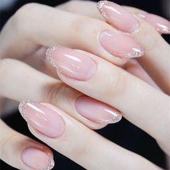 圆形粉色法式简约新娘上班族美甲图片